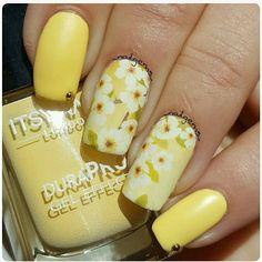 Charlies Nail Art - Yellow blossom nail wraps, £0.89 (https://www.charliesnailart.co.uk/yellow-blossom-nail-wraps/) #naildesign #nailart #nailwraps #nailsupplies #nailideas #naildecorations