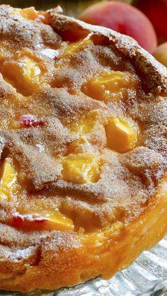 Just Simple Peach Cake - Chocolate Dessert Recipes - OMG Chocolate Desserts Peach Cake Recipes, Fruit Recipes, Sweet Recipes, Baking Recipes, Dessert Recipes, Fresh Peach Recipes, Nutella Recipes, Köstliche Desserts, Chocolate Desserts