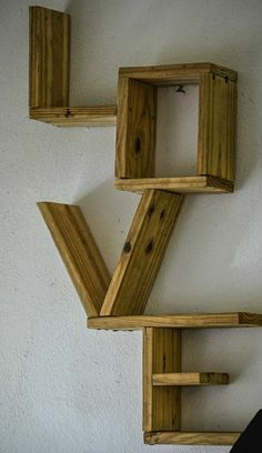 Pin on Best DIY Woodworking Projects Pallet Home Decor, Diy Pallet Furniture, Home Decor Furniture, Furniture Projects, Wooden Pallet Projects, Small Wood Projects, Pallet Wood, Repurposed Furniture, Handmade Home Decor