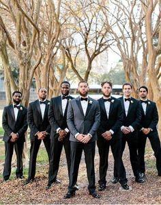 25 Awesome Groomsmen Photos - G-Hochzeit=Von (A)-(Z) - Wedding Party Wedding Picture Poses, Wedding Photography Poses, Wedding Poses, Wedding Pictures, Photography Ideas, Funny Photography, Wedding Ideas, Hair Pictures, Trendy Wedding