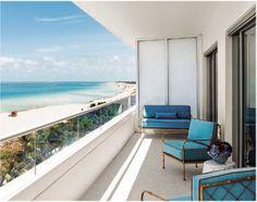 O estilo inconfundível e um tanto exótico do Faena, que ficou muito conhecido em seu icônico hotel em Buenos Aires, chega a Miami Beach, em plena agitada Collins Avenue. Para entrar na briga das melhores e mais luxuosas redes, que já ali estão, o Faena trouxe uma proposta um tanto interessante: criar uma pequena cidade de luxo, com muita cultura e arte.