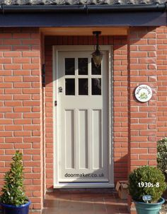 This amazing photo most certainly is an inspirational and superior idea Cottage Front Doors, Grey Front Doors, Cottage Door, House Front Door, White Doors, Cosmos, Traditional Front Doors, Shaker Style Doors, Timber Panelling