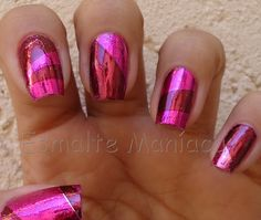 Um blog sobre esmaltes e cosméticos em geral. Foil Nails, Blog, Beauty, Gold Toe Nails, General Goods, Enamels, Blogging, Beauty Illustration