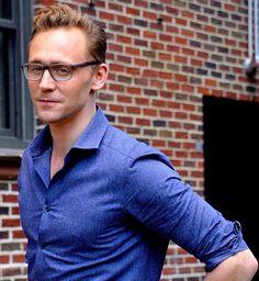 Tom hiddleston wore glasses to 'the late show': nerd-hot or just Tom Hiddleston, Mens Glasses Trends, Nerd, Loki Thor, Loki Laufeyson, Dapper Men, Eye Glasses, Glasses Frames, My Guy