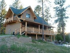 Wannabee Moose Lodge - 5 Bedrooms, private hot tub,and Fire pit