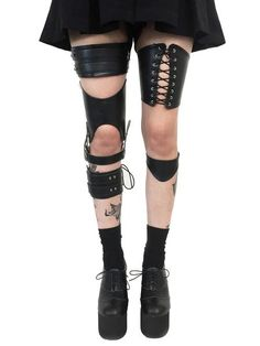 Leg harnesses from Deandri.