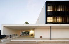 Els Gorgs Secondary School in Cerdanyola del Vallès, Barcelona, by the architect Jordi Badia