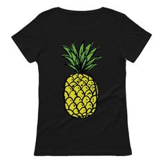 Summer Pineapple Printed Women T-Shirt Perfect Gift For Dad, Gifts For Mom, Hat Size Chart, Pineapple Print, Cool Items, Printed Shorts, Brown And Grey, Graduation, Birthdays