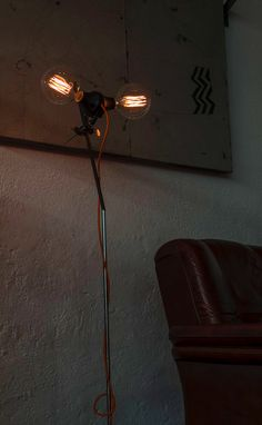 edison bulb floor lamp vintage industrial style www. Vintage Industrial, Industrial Style, Vintage Lighting, Floor Lamp, Bulb, Flooring, Home Decor, Decoration Home, Room Decor