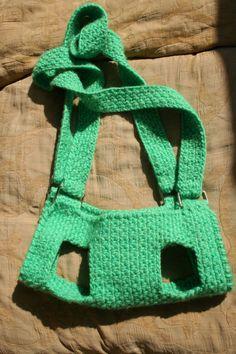 Pet carrier / Crochet dog carrier / BubaDog pet by BubaDog on Etsy Crochet Dog Clothes, Crochet Dog Sweater, Bag Crochet, Crochet Shell Stitch, Free Crochet, Dog Accesories, Pet Accessories, Pet Sling, Sling Bags