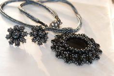 náušnice + náhrdelník