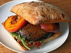 Dinner Tonight: Grilled Portobello and Peach Sandwich Recipe Vegan Vegetarian, Vegetarian Recipes, Healthy Recipes, Avocado Recipes, Vegan Foods, Grilled Portobello, Stuffed Mushrooms, Stuffed Peppers, Salads