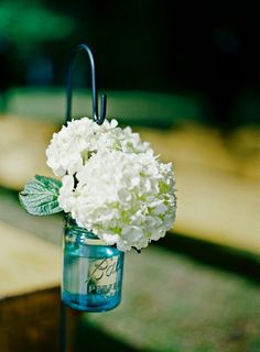 Pinned Because I Just Saw These Blue Ones At Meijers Today So Cool Show Ad Decor Vintage Mason Jars Hanging Style