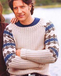 мужской пуловер с жаккардовыми рукавами