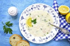 The Mediterranean diet, based on the traditional Greek diet, is known for its many health benefits. Here are 13 Greek foods that are super healthy. Mediterranean Soup, Greek Diet, Classic French Onion Soup, Tuscan Bean Soup, Lemon Soup, Indian Diet, Winter Soups, Vegetarian Soup, Food Facts