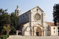 https://www.google.it/search?q=abbazia di fossanova