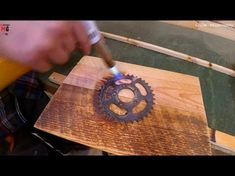 Woodworking Ideas and Projects 200 Creative WOOD Furniture and House Ideas 2016 - Chair Bed Table Woodworking Projects Diy, Diy Wood Projects, Wood Crafts, Wood Chair Design, Wood Design, Steam Bending Wood, Diy Pallet Furniture, Wood Furniture, Wood Mill