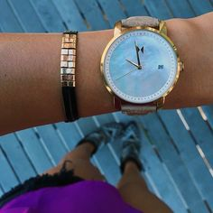 Gold Pearl Leather Watch - MVMT