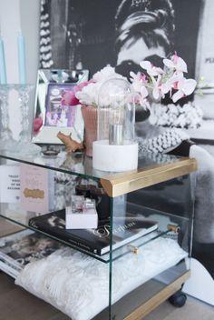 Interieurinspiratie: lampentrends Retro Vintage, Blog, Furniture, Home Decor, Decoration Home, Room Decor, Blogging, Home Furnishings, Home Interior Design