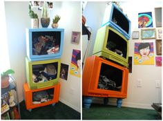 I found some ideas to recycle creatively! Pick 3 TVs, a slightly larger than the other, empty inside, paint them in different colors, and screw together, and then add 4 feet at the base! Once you have created a modern library youth room!More ideas for recycling at http://styleitchic.blogspot.com