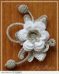 Crochet Lace Flower Motif Knitting Ideas For 2019 Crochet Brooch, Freeform Crochet, Irish Crochet, Crochet Motif, Crochet Doilies, Crochet Lace, Crochet Stitches, Crochet Earrings, Crochet Roses