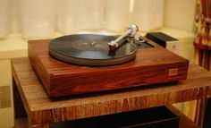 I love this record player