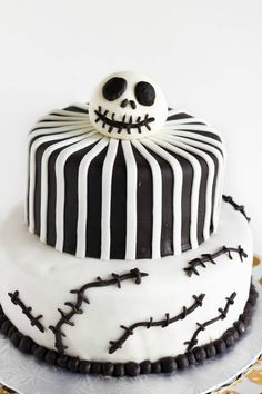 Fondant Nightmare Before Christmas Cake (Jack Skellington Cake) #halloween #nightmarebeforechristmas #cake