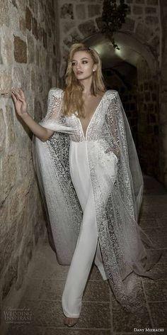 Moderno industrial con vintage romántico en este outfit para novias de Dany Mizrahi 2018. Inspirado en la ciudad de Jerusalem.