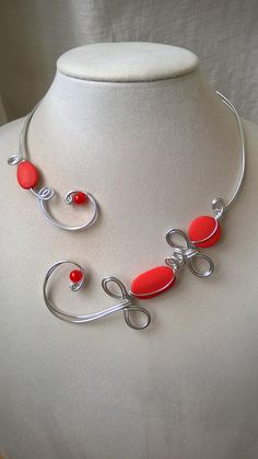 Your place to buy and sell all things handmade Wire Necklace, Metal Necklaces, Flower Necklace, Collar Necklace, Necklace Lengths, Jewelry Necklaces, Funky Jewelry, Wire Jewelry, Jewelery