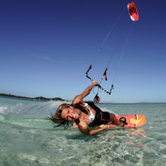 Déjate llevar y todo fluirá :D http://www.kornerst.com/category.php?id_category=9000 #Kitesurf