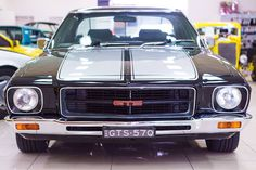 HQ GTS nice and clean front end yeah staunch Australian Muscle Cars, Aussie Muscle Cars, My Dream Car, Dream Cars, Holden Kingswood, Hq Holden, Holden Monaro, Holden Australia, Automobile