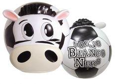 """TIF8 LAMPADA SOGNO BIANCO/NERI  Lampada in resina a forma di palla con zebra Forza Bianconeri in rilievo e scritta """"Sogno Bianco nero"""" sul retro"""