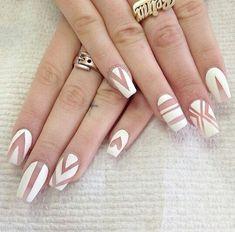 Transparent white matte nails