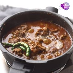 North Indian Chicken Curry Recipe, Indian Chicken Recipes, Lunch Recipes Indian, North Indian Recipes, Indian Cooking Videos, Vegetarian Fast Food, Jungkook Abs, Homemade Snickers, Biryani Recipe