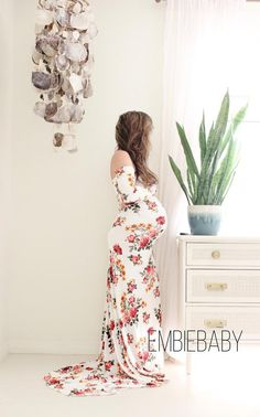 Long sleeve maternity dress fitted baby shower fall winter bohemian maternity gown -floral long sleeve with train * Maternity Dresses For Baby Shower, Long Sleeve Maternity Dress, Maternity Gowns, Baby Dress, Maternity Photos, Maternity Fashion, Baby Shower Photos, Baby Shower Fall, Bohemian Maternity