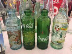 Old coke bottles Old Glass Bottles, Antique Bottles, Bottles And Jars, Coca Cola Bottles, Pepsi Cola, Vintage Bottles, Vintage Coke, Always Coca Cola, World Of Coca Cola