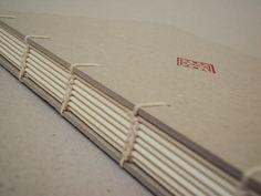 """Encadernação Criss-Cross Sketchbook em camurça Caderno com costura japonesa Livro de assinaturas Encadernações com costura copta Agendas com encadernação """"à la Bradel"""" Caderno com ..."""