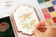 Handpainted the dimensional rose: