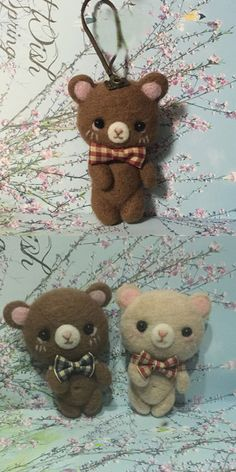 Handmade needle felted felting cute animal project bear bunny doll key charm