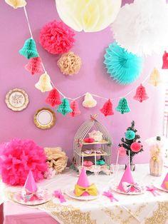 ●バースデープランナー卒業制作 センスの良さが光るカラーコーディネートとバランスで写真映えするクリスマスパーティー空間