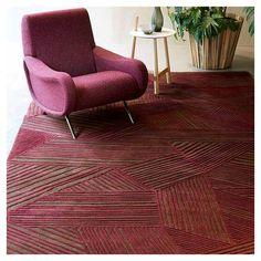 Tapis INTRECCIO Toulemonde Bochart, opéra Living Room Furniture, Living Room Decor, Carpet Fitting, Tapis Design, Living Room Goals, Carpet Design, Living Room Inspiration, A 17, Living Room Designs