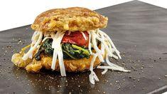 Pan Fritto con cicoriella selvatica saltata e scaglie di caprino di Gegè Mangano, chef del Ristorante Li Jalantuùmene di Monte Sant'Angelo (FG)  #food #vegan #lamadia
