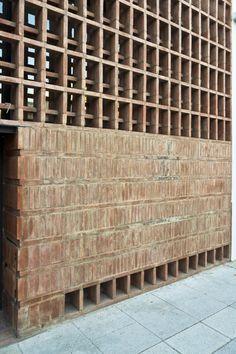 Galería de 16 Detalles constructivos de aparejo de ladrillos - 24