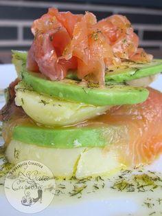 Potato, avocado and salmon salad / - Ensalada Marisco Ideas Food Truck Menu, Best Food Trucks, Diet Recipes, Cooking Recipes, Healthy Recipes, Cooking Food, Delicious Recipes, Salmon Y Aguacate, Tapas Party