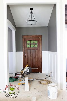 Our Small-Town Idaho Life: HOW TO BUILD A (cheaper) BOARD & BATTEN WAINSCOT