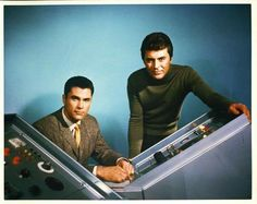 James Darren as Dr Tony Newman and Robert Colbert as Dr Douglas Phillips for The Time Tunnel 1966 Great Tv Shows, Old Tv Shows, Science Fiction, The Time Tunnel, The Towering Inferno, James Darren, The Poseidon Adventure, Irwin Allen, Sci Fi Tv Series