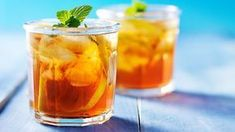 Rheumatoid arthritis symptoms may improve with tea drinking. Find iced tea recipes for mint ginger, blueberry green, strawberry nettle, rose hip, and lemon black teas that can help ease symptoms. Get anti-inflammatory recipes and more tips on EverydayHeal