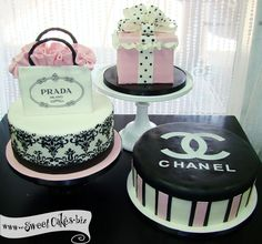 Chanel inspired cakes!