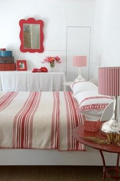 Katrin Cargill :: Interior Design Red, white bedroom love the mirror! Vibeke Design, Red Rooms, White Cottage, Red Interiors, White Houses, White Bedroom, White Decor, Beautiful Bedrooms, Red And White