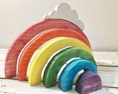 Waldorf-Regenbogen-Stapler mit Wolke